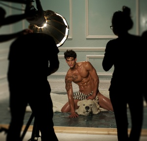 LE BEAU MALE MAKING OFF