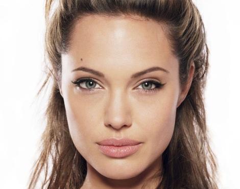 Tightlining-Angelina-Jolie