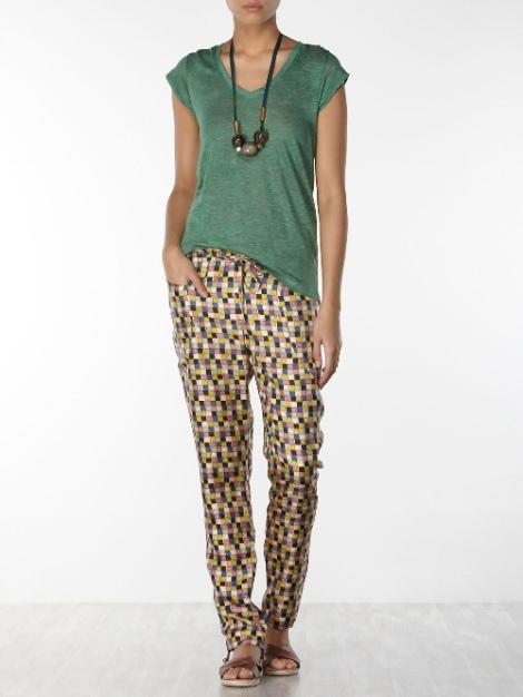 hoss pantalon seda y camiseta verde