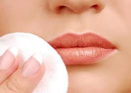 desmaquillar labios