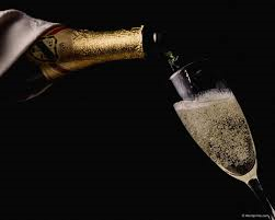 beber champagne