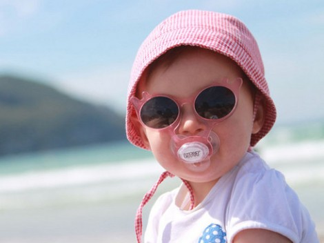 bebe gafas