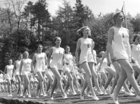 desfile-de-mujeres